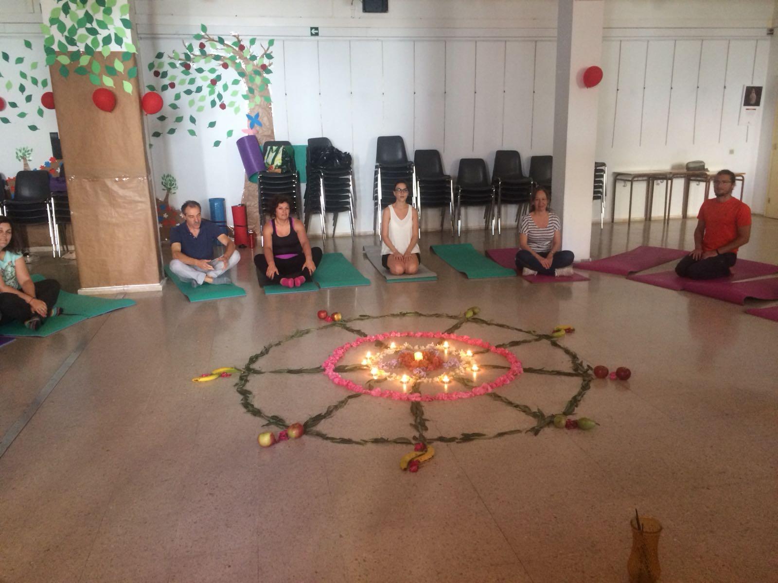 TALLER YOGA NIDRA – Día Internacional del Yoga