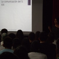 Charla Presentadora TV (10)